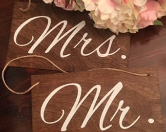Mr And Mrs Wedding Signs-Rustic Wedding Signs-Boho Wedding-Wedding Props-Wedding Chair Signs