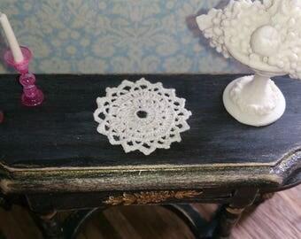 Micro crochet doily