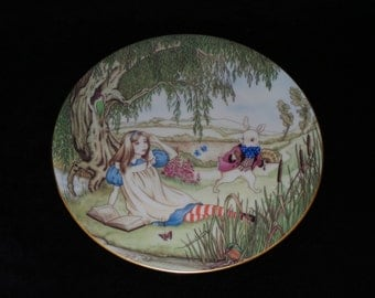 """1981 Georges Boyer Alice in Wonderland """"Alice and the White Rabbit"""" Collector Plate by Sandy Nightingale"""