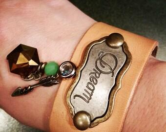 Leather bracelet Dream