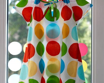 Girls summer dress with blue dots or bright points
