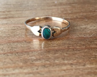 Deposit. RESERVED for Christine**9ct gold malachite and double heart ring