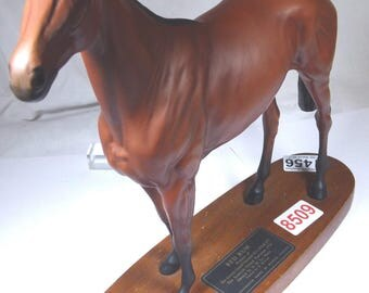 Beswick Connoisseur Series Red Rum (famous uk race horse)