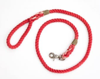 "The ""Coral"" Leash"