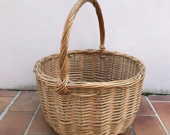 Basket Wicker Rattan Handle market Basket Shape Farm House vintage french 7