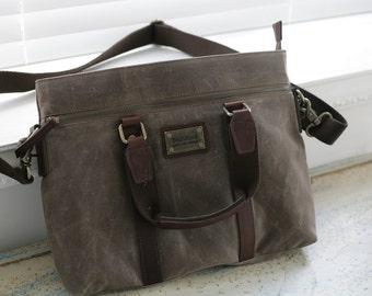 Waxed canvas cross bag, Vintage waxed canvas bag, woman's waxed canvas bag, waxed canvas messenger bag, waxed canvas tote bag