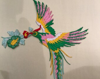 Humming bird motif