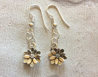 Silver Flower Earrings, Flower Earrings, Silver Earrings, Spring flowers, Dangly Earrings, Flower Jewellery, 3D Flower.