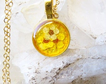 Yellow botanical necklace, real flower necklace, botanical jewelry, yellow flower pendant, nature inspired gift, small resin pendant
