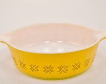 Vintage Yellow/Orange Pyrex baking dish.1960's,Corning Ware,Hex Pattern,kitchenware.