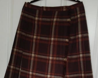 20% OFF! 60's Brown, Orange, and White Virgin Wool Pleated Kilt Tartan Skirt by Highland Queen, Special Edition Highland Queen Kilt Skirt