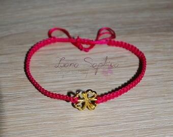 Macrame bracelet pink with clover