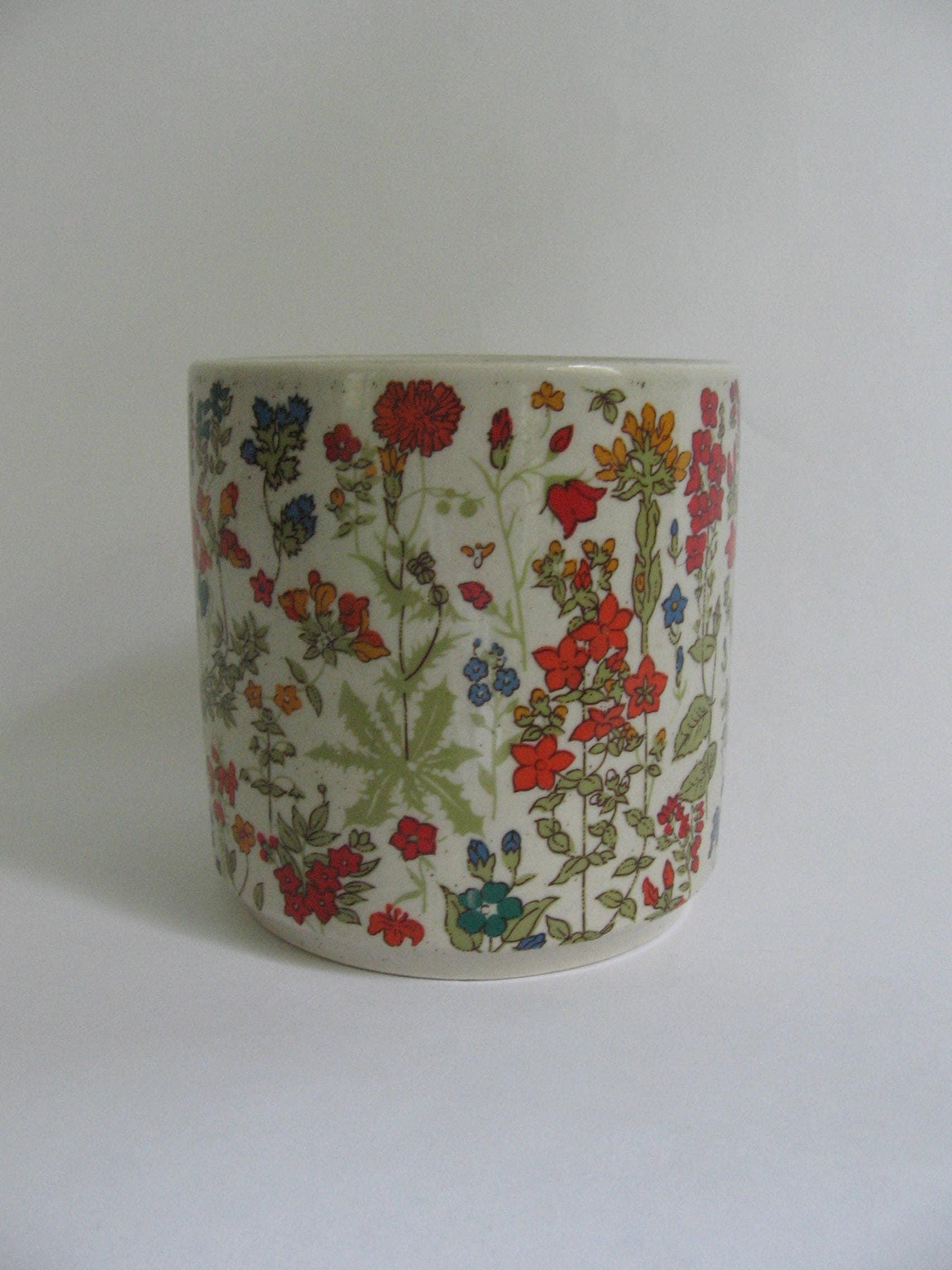 Vintage Flower Pot 48