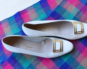 Vintage Salvatore Ferragamo White Shoes, Size 10 AA (Made in Italy)