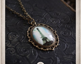 EIFFEL Tower necklace romantic bronze cabochon glass cameo 18x25mm COP026