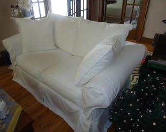 Vintage Vogue Love Seat Loveseat with White Slipcovers & Pillows