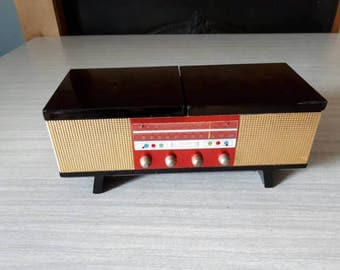 RESERVED Vintage Record Player Music Box Japan Daysun Unusual and Erzgebirge Set