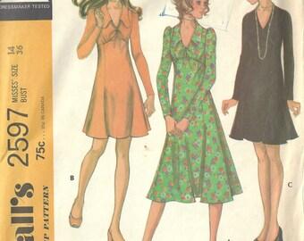 "1970 Vintage Sewing Pattern B36"" DRESS (1643) McCalls 2597"