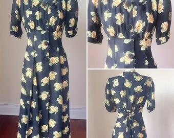 90s Floral Maxi Dress, 90s flower dress, 90s dress size 4, dress size small