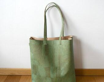Green corkleather totebag