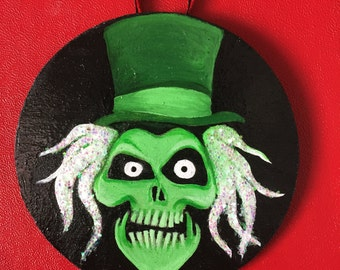Hatbox Ghost Ornament
