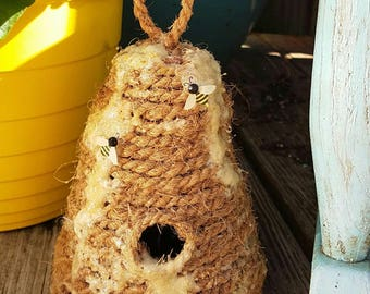 Decorative Bee Skep/Bee hive with Artificial Beeswax