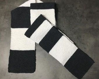 Hand knitted scarf in black white