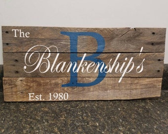 Last Name Wood Sign, Wedding Gift Sign, Pallet Last Name Sign, Personalized Wood Sign, Rustic Sign, Established Date Family Sign
