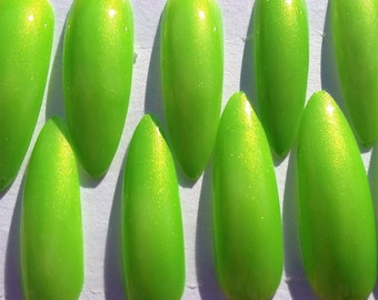 Neon Green Long Stiletto Press On Glue On Artificial Nails | Set of 20 | Hand-Painted, Coated with Gel Top Coat | No. 135G