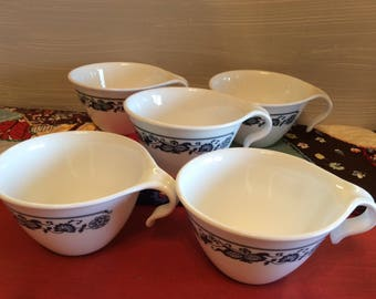 Set of 5 Vintage Old Town Blue Onion  Hook Mugs ~ Corelle Blue and White Cups ~ Vintage Coffee Cups