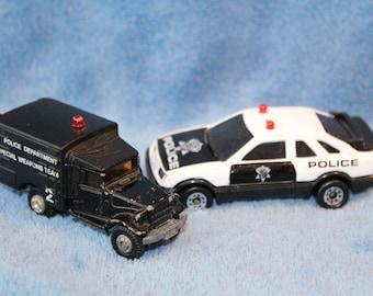 Vintage Set of 2 Police Die Cast Cars