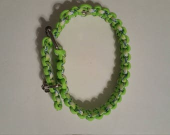 Multi-color green paracord dog collar