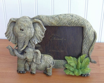 Lucky Elephant Baby Calf / Picture Photo Frame / Nature's Wild / Popular Imports