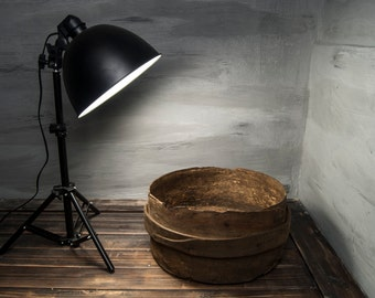 Antique bushel, Wooden Dough Bowl, wooden trough bowl, Rustic Home Decor, Hand Carved Bowl, Country Chic Decor, Farmhouse Antiques
