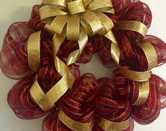 Christmas Wreath in Gold & Red, with a large Gold shimmery bow