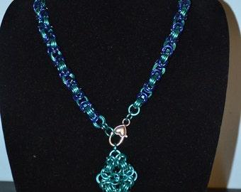 Blue Chain Mail Diamond necklace