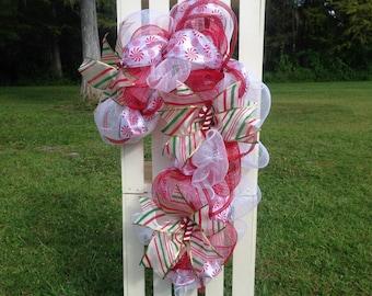 White/Red Candy Cane Wreath - Deco Mesh Wreath - Deco Mesh Candy Cane - Candy Cane Christmas Wreath