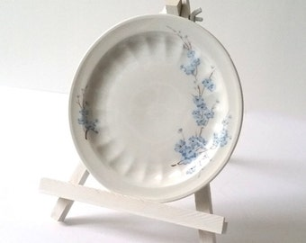 Sweet pie plate(s) with blue flowers