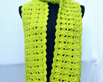 New green scarf crochet