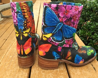 Women's 7 1/2 Butterfly Frye short zip-up Campus Boot, western boot, upcycled with water resistant decoupage
