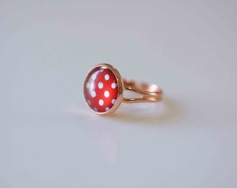 Glass Cabochon Ring,  Red spot in Rose Gold plated adjustable ring