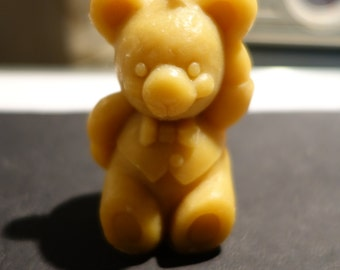 Pooh in beeswax candle