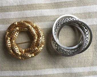 Pair Retro circle pins 1970's