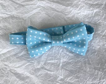 Blue & White Polkadot Boys Bow Tie, Baby Blue Polka Dot Bow Tie, Little Boys Blue and White Polka Dot Bow Tie, Sky Blue Polkadot Baby Bowtie