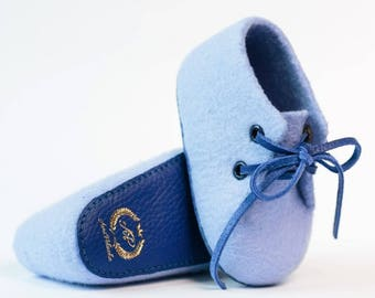 Ami Peluche. Big SALE! Handcrafted merino wool baby shoes. Blue color