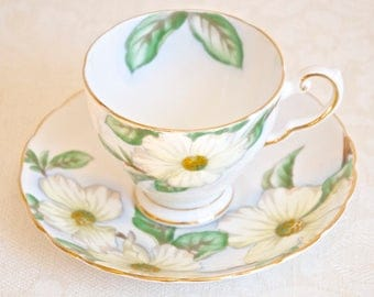 Tuscan vintage Dogwood floral teacup with saucer. Fine bone china Made in England. For Tea & Coffee lovers, tea party, housewarming, wedding