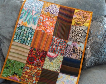 "Vibrant KAFFE FASSETT charm quilted table centre mat 25"" x 19.5"""