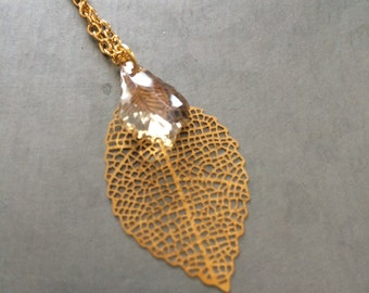 Raw Crystal Pendent Necklace