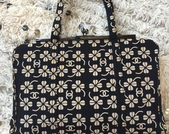 Vintage CHANEL CC CLOVER Black & Beige Print Handbag Purse Clutch Evening Bag