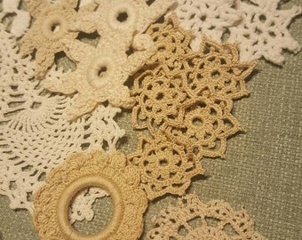Sm. Mixed doily bundle
